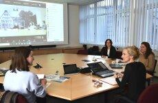 Podiumsdiskussion (v.l.n.r Laura Sterba, Prof. Dr. Miriam Rose, Prof. Dr. Kim Siebenhüner, Dr. Elizabeth Watts)